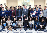 University at Albany President Havidán Rodríguez met with students from North China University of Technology and Shandong Normal University who participated in a cultural exchange at UAlbany over winter break. (Photo by Carlos Ortiz)