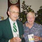 Doris '55 and Custer Quick '55 enjoy a New York wine at the 2005 wine tasting reception.