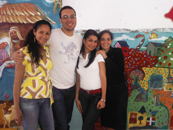 At left, UAlbany grad students Lissette Acosta-Corniel and Gabriel Guadalupe in the Dominican Republic
