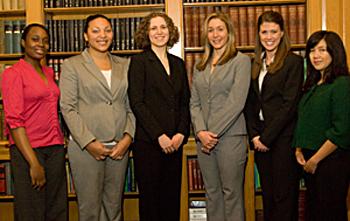 Group photo of the 2009 Fellows on Women and Public Policy.