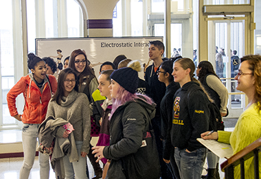 High School students attend ChoreoPhysics at UAlbany.