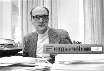 UAlbany Professor Emeritus of Economics Edward Renshaw circa 1979