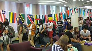 UAlbany welcomes international students, Fall 2015.