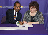 UAlbany and MVCC representatives sign dual admissions agreement
