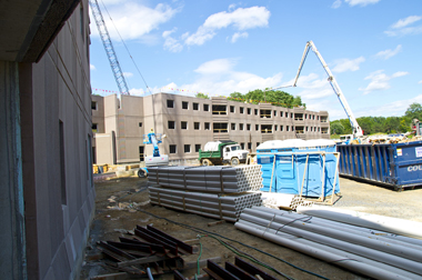 Liberty Terrace apartment-style housing under construction at UAlbany.