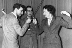 Agnes Futterer fencing with Arthur Lenig.