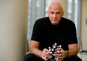 Cancer expert John McLachlan