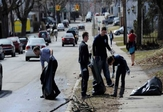 UAlbany students clean up Pine Hills Neighborhood
