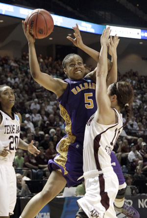 UAlbany women's basketball player Ebone Henry