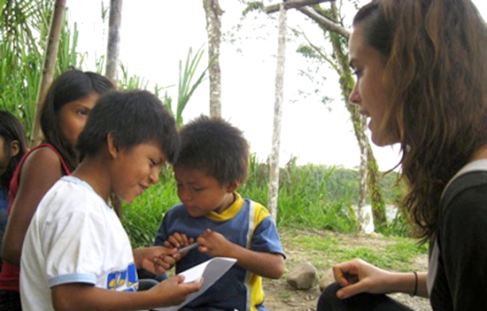 UAlbany Alum Elizabeth Gray working with children in the Wishi Community in Ecuador