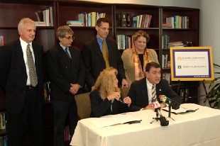 UAlbany and Albany Law School announce a cooperative JD/MBA program.