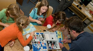 The UAlbany College of Computing and Information will host the Junior FIRST Lego League (JFLL) Expo