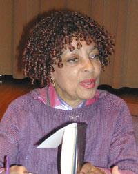 Ruby Dee, Recital Hall, UAlbany, 5/5/05 Phtots by Judy Axenson