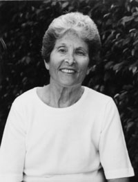 an introduction to the literature by maxine kumin Mezzo cammin: maxine kumin born in 1925, in prosperous germantown, pennsylvania--a suburb of philadelphia--maxine kumin grew up in a reform jewish household as a writer of what might be termed eco literature, kumin demands principled behavior.
